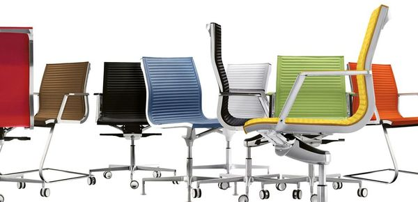 Luxy office chair